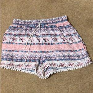 Pants - Cute printed shorts